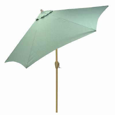 9 round patio umbrella with light wood