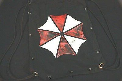 black umbrella drawstring backpack