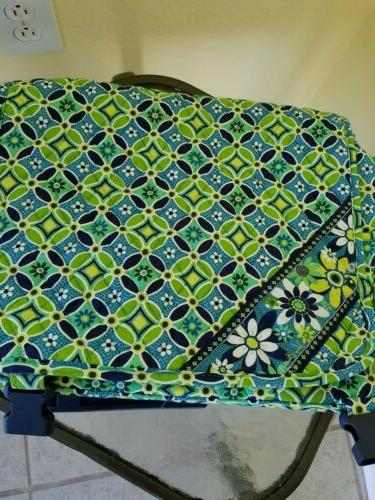 NWT Vera Bradley Messenger Bag, Umbrella, Luggage Tag Daisy