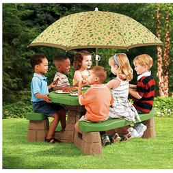Step2 Naturally Playful Picnic Table w/ 60-inch Umbrella Chi